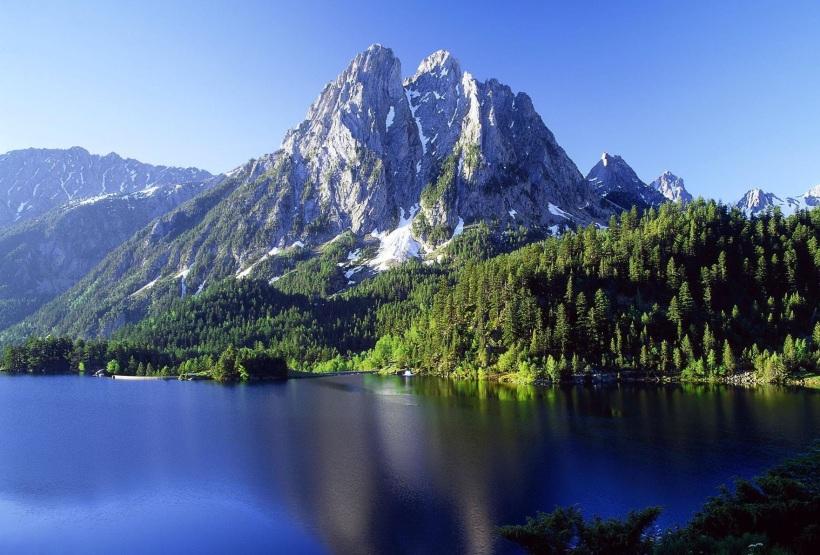 montanhas-lago-wallpaper.jpg